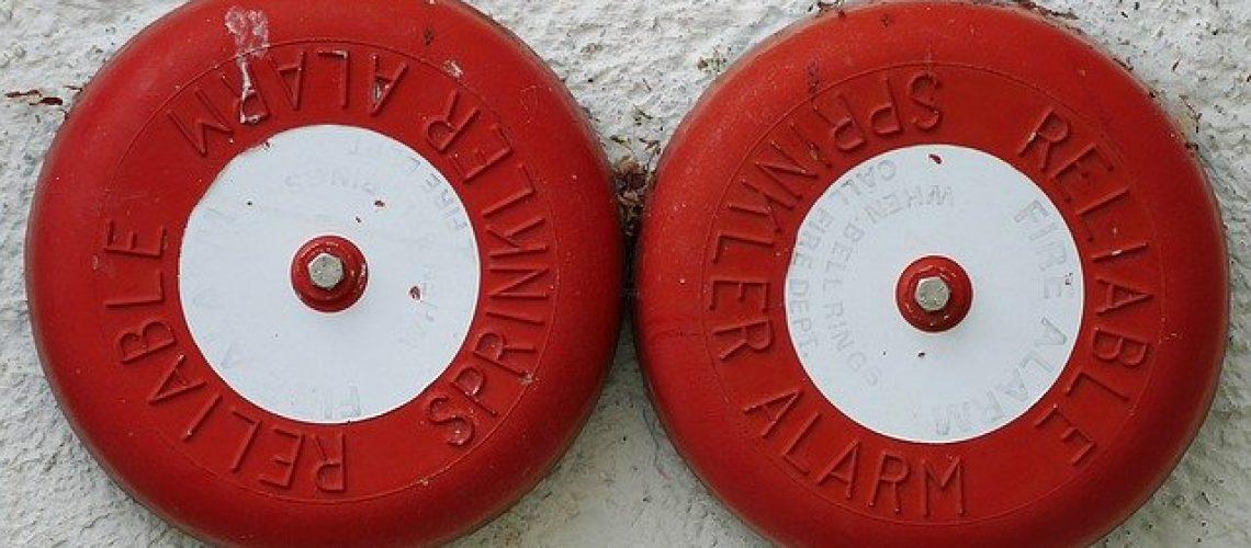 fire-alarms-1502143_640